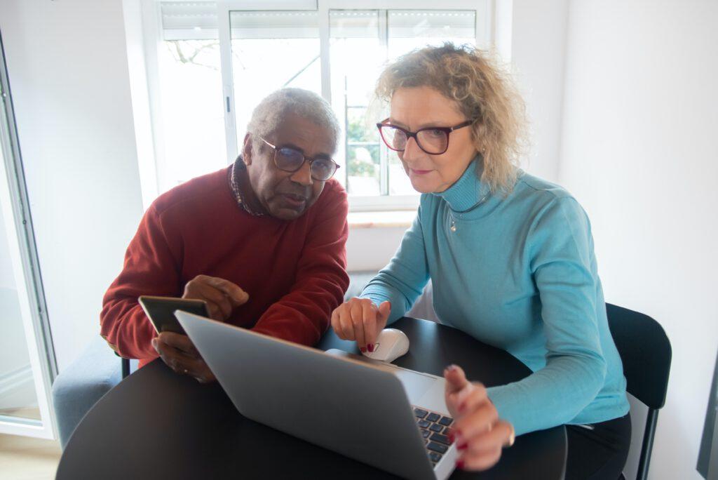 Messaging apps for seniors